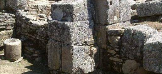 Torre-Menagem-Idanaha