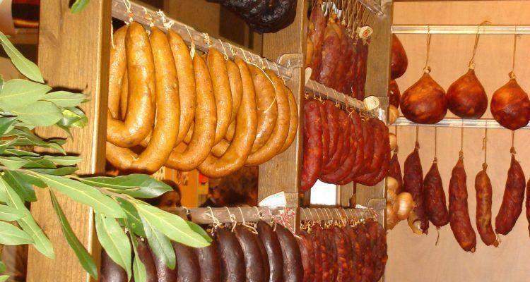 Talhos e Salsicharia Madeira