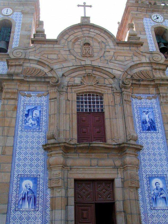 Igreja de S. Pedro, matriz de Gouveia. (LAC)